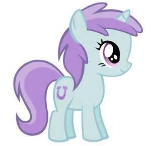 性别:女 种族:陆马 简介:灰色身体,黑色鬃毛的小马,可爱标志为高音
