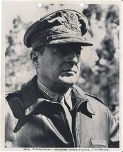 二战他杀了无数日本人 却成了他们心中的神 - hubao.an - hubao.an的博客