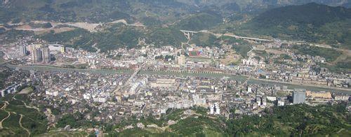 贵州省铜仁市石阡县汤山镇1950的时候是什么样子 求图片!谢谢