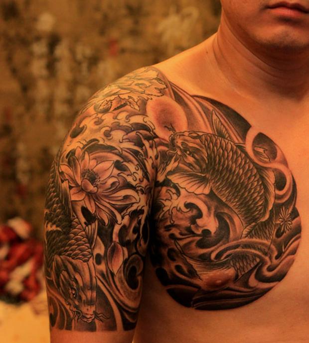 荷花鲤鱼半甲纹身手稿分享展示