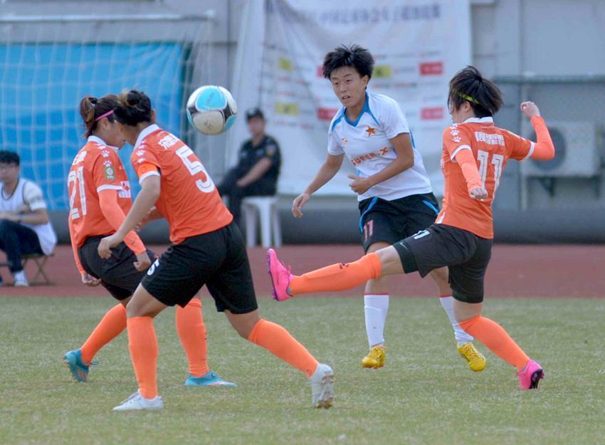 2011年中国女子足球超级联赛更名为全国女足联赛
