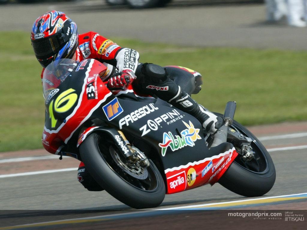 壁纸 摩托 摩托车 汽车 赛车 1024_768